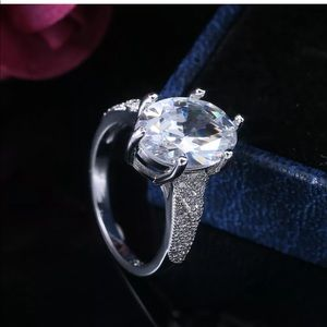 NEW bridal oval engagement ring size 8